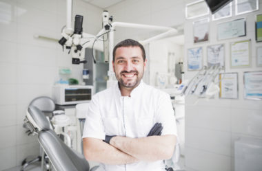 Propaganda de dentista: como funciona o marketing odontológico
